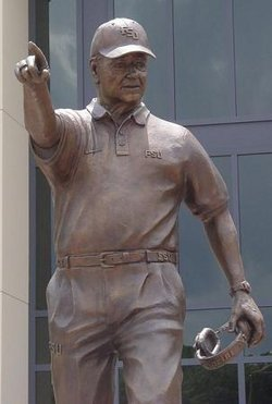 bobby-bowden-statue1