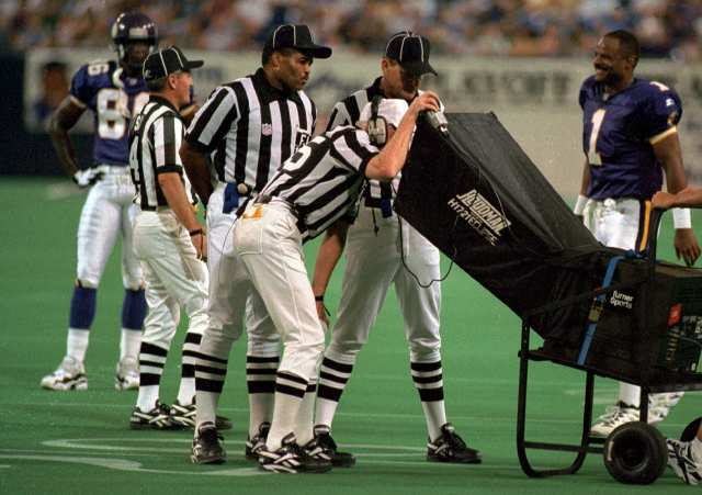 instant-replay-officials