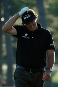 mickelson struggles