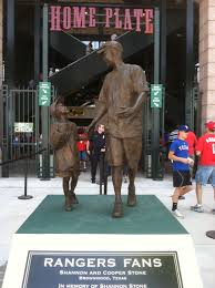 Rangers fan statue