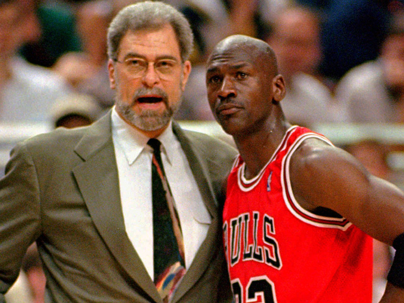 phil-jackson-says-this-controversial-book-changed-everything-for-the-bulls