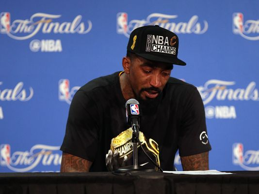 JR Smith bawls