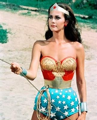 lynda_carter-wonder-woman-golden-lasso1